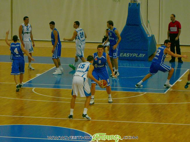 """Тежък сблъсък очаква """"Рилски спортист"""" във вторник, на 24 януари. Нашите момчета гостуват на елитния румънски """"Тимишоара"""" в поредния кръг от Балканската лига. Двубоят започва от 18 ч. в зала […]"""
