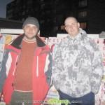 Снежни човеци… продават мартеници