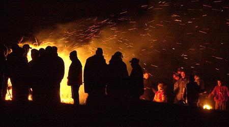 Сирни заговезни (Прошка или Поклади – както е популярен в Самоков) е важен зимно-пролетен празник в народния календар. Чества се седем седмици преди Великден (винаги в неделя, тази година – […]