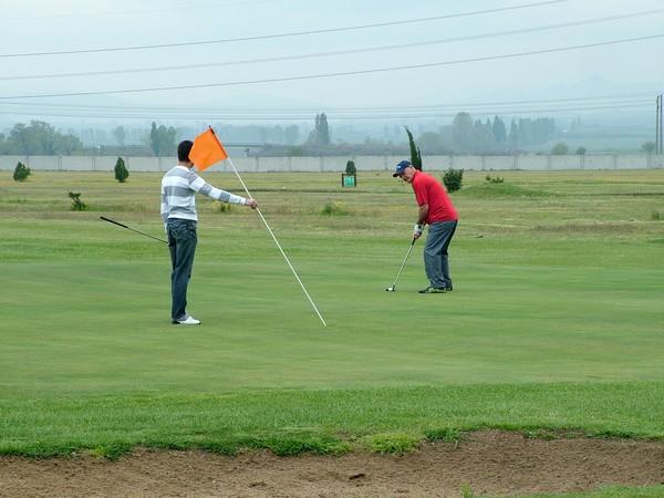Заданието на общия устройствен план на бъдещото голф игрище край Горни Окол предстои да бъде разгледано от Общински съвет, а след това съгласувано и с други ведомства и дружества. Новият […]