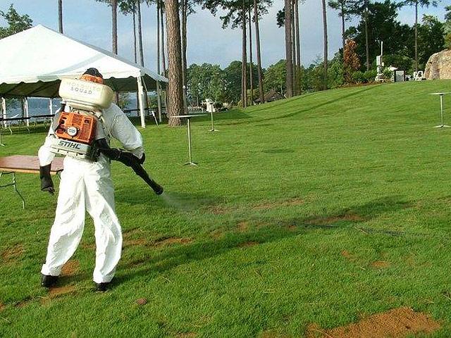 Започна отново обработването на тревните площи в общината срещу бълхи, кърлежи и други опасни насекоми. Използват се специални препарати. Тези третирания се правят два пъти годишно – пролет и есен, […]