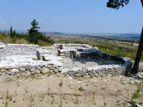 Още веднъж за Шишманово кале Отклик Напоследък на няколко пъти във вестника се писа за Шишманово кале. Стана ясно, че този важен археологически обект сега е занемарен, а от Общината […]