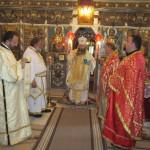 Архиерейска литургия в Долна баня /снимки/