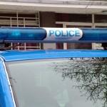 Кола се блъсна в автобус с абитуриенти, водачът й пострада тежко