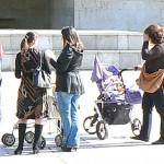 Млади жени поискаха увеличаване на майчинските и детските