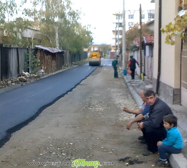 """Отклик Провокиран съм от статията в броя от 28 април т. г. """"Кога цъфти асфалтът"""". През май имах шанса да видя как работят в Германия майсторите – кърпачи на асфалт. […]"""