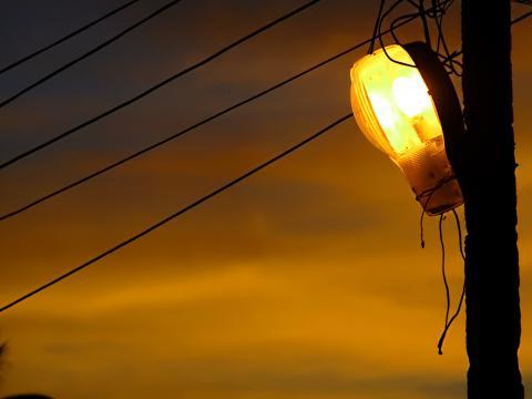 Подмяната на уличното осветление е предмет на обществена поръчка на Общината. Целта е да се намали потреблението на електроенергия и същевременно да се подобри осветеността в града и селата, като […]