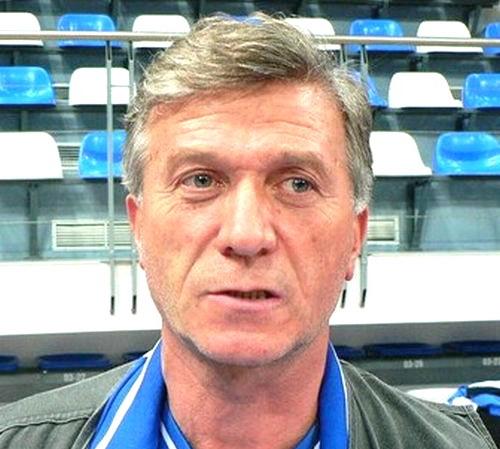 """Легендарният Иван Лепичев, който в продължение на 10 г. работеше в БК """"Рилски спортист"""", занапред ще отговаря за школата на """"Нефтохимик"""". 65-годишният специалист ще изпълнява функциите на главен треньор в […]"""
