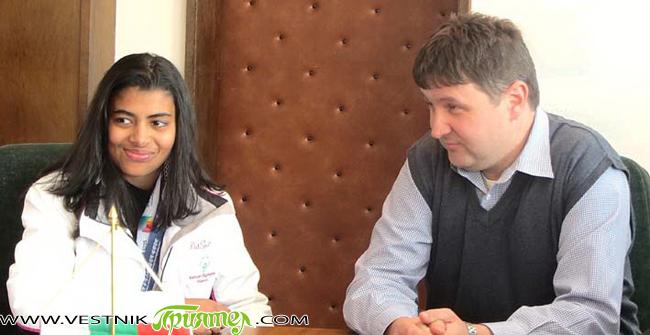 Градоначалникът Владимир Георгиев прие на 12 февруари новата спортна гордост на Самоков – скиорката Бенита Петрова. Както е известно, 13-годишната алпийка се окичи преди броени дни със злато и два […]