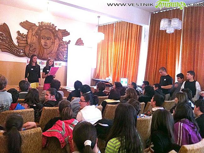 """Ученици и учители от СОУ """"Отец Паисий"""" честваха на 21 март Световния ден на водата и Международната година на водното сътрудничество, за каквато е обявена 2013-а. Директорката на училището Лиляна […]"""