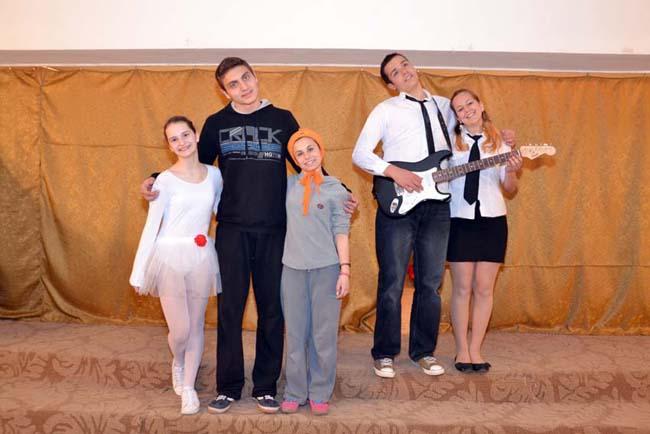 Отклик Както винаги, около светлия празник 24 май културният живот в Самоков се оживи. Най-вече приповдигнатото настроение създадоха изявите на децата. Така на тях им остават и най-хубавите спомени от […]