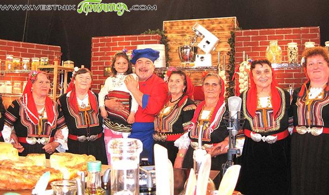 """Женската фолклорна група от Клисура участва в тв предаването на Ути Бъчваров """"Бързо, лесно, вкусно"""". Предаването можете да гледате по Канал 1 на БНТ на 23 май, четвъртък, от 11,30 […]"""