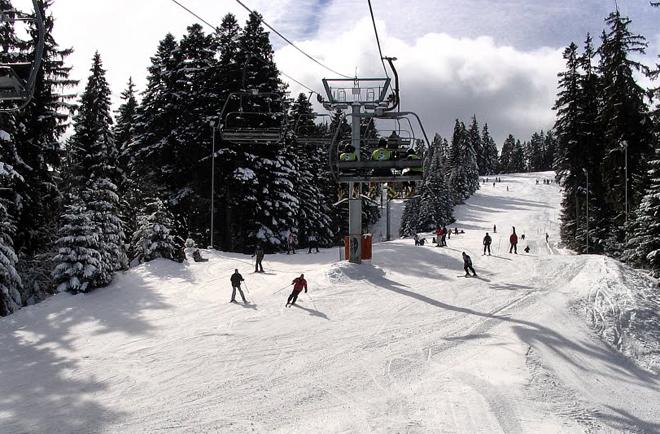 Лифтовете в Боровец ще бъдат ползвани безплатно от самоковските ученици и през предстоящия зимен сезон – до 15 април 2017 г. Това стана ясно на среща на представители на училища […]
