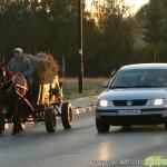 Сблъсък между лека кола и каруца
