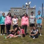 Самоковски ученици и ветерани изкачиха Черни връх