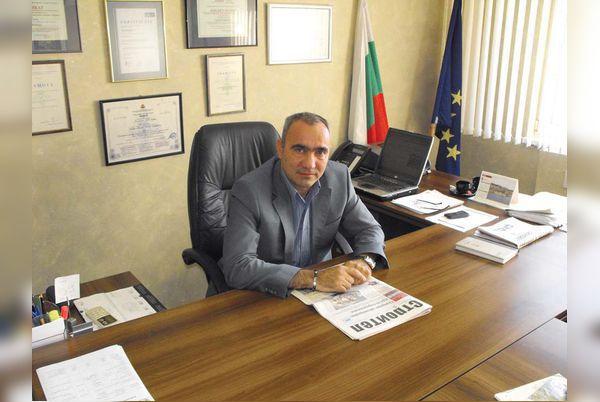 За заместник-областен управител на Софийска област е назначен Красимир Кунчев. С него ръководният състав на областната управа вече е изцяло попълнен. Кунчев е бивш кмет /два мандата/ и зам.-кмет на […]