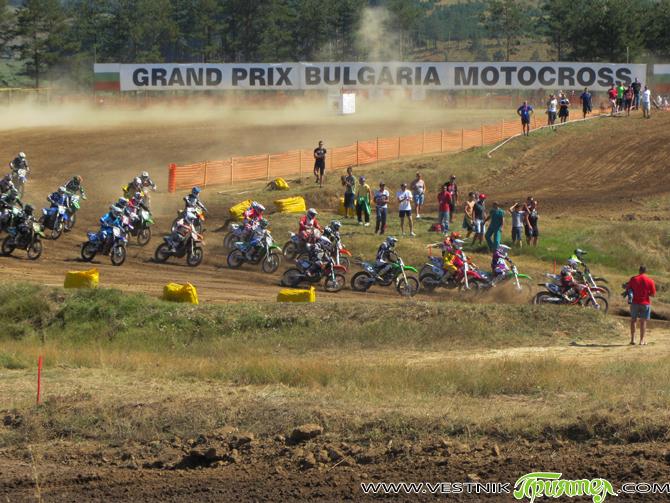"""Над 110 състезатели се очаква да участват в 6-ия кръг на Европейския шампионат по мотокрос, който ще се състои на 15 и 16 септември, събота и неделя, на мотополигон """"Ридо"""". […]"""