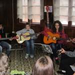 Китари ознаменуваха музикалния празник