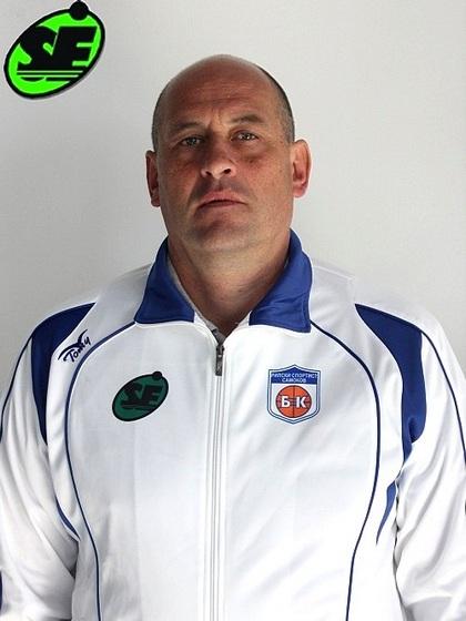 """Старши треньорът на """"Рилски спортист"""" Росен Барчовски ще има честта да открие организирания от Българската федерация по баскетбол семинар, с който ръководителите на централата целят да повишат квалификацията на треньорите […]"""