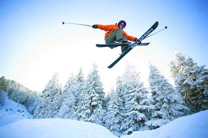 """Подготовката за новия зимен туристически и ски сезон в Боровец е в разгара си. Според информационния център на фирма """"Бороспорт"""" броят на записванията за празнуване на Нова година в курорта […]"""