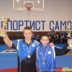 """Малките борци с 5 купи и 15 медала от турнира за купа """"Самоков"""""""