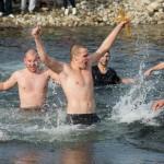 Ученик извади кръста в Драгушиново