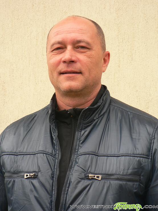 """Румен Санкийски е роден на 14 ноември 1969 г. в Самоков. В момента е треньор в клуба по карате киокушин """"Сатори"""". За да се издържа, му се налага да работи […]"""