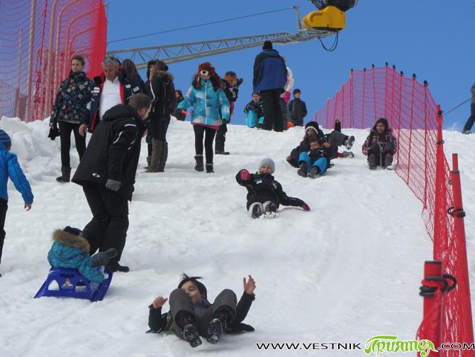 Любители на белите спортове и планината от всички възрасти се събраха на 14 януари в Боровец, за да честват заедно Световния ден на снега. За късмет заваля и сняг. Това […]