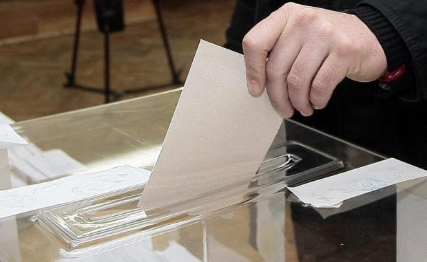 За участие в местните избори на 25 октомври в общината са регистрирани 22 партии, 3 коалиции, 2 местни коалиции и 2 инициативни комитета, информираха на 17 септември от Общинската избирателна […]