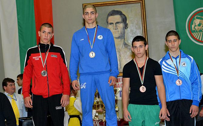 Сериозно присъствие на борци от Самоков личи в списъка на националния отбор на кадети /класически стил/ за силните международни турнири в Анталия /Турция/ и Букурещ /Румъния/ през почивните дни. Част […]