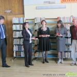 Седмица на библиотеките бе открита с връчване на почетен знак и изложба