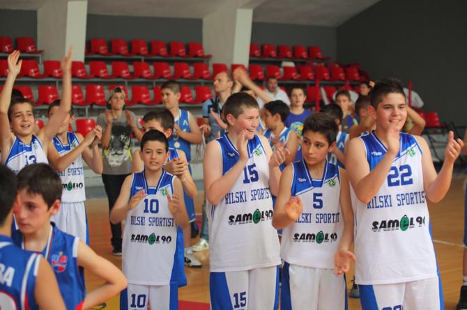 """Момчетата на """"Рилски спортист"""" до 12 години са новият баскетболен шампион на България! В спора за титлата малките самоковци бяха повече от убедителни срещу тима на """"БУБА баскетбол"""" /Сф/ – […]"""