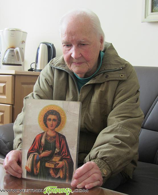 Икона на св. Пантелеймон дари за бъдещия храм до болницата Верка Димитрова Баръмова. На 13 май тя пожела колкото се може по-бързо новата черква да бъде изградена. Бившата дългогодишна телефонистка […]
