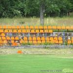 Вандали потрошиха стадиона, изкъртиха над 200 седалки