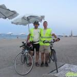 Дуо самоковски велосипедисти изминаха на педали 402 км до Бургас