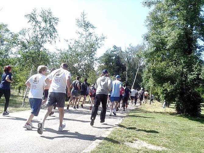 """Цели 62 ентусиасти от цялата страна се включиха в неделя, на 6 юли, в превърналата се вече в традиция проява Rila run 2014, организирана от сдружение """"Маратон 2006"""" и Община […]"""