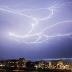 Какво да правим при гръмотевични бури