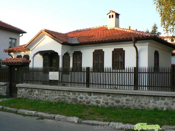 След разговори на кмета Владимир Георгиев с ръководството на Съюза на българските художници се е стигнало до взаимно съгласие да бъде подписан договор между двете страни, чрез който да се […]