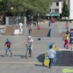 Нови съоръжения на площада ще зарадват скейтърите