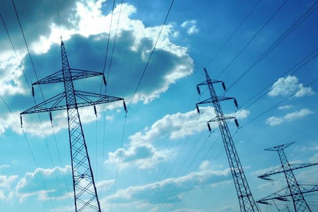 Уважаеми клиенти, ЧЕЗ Разпределение осъществява амбициозна инвестиционна програма за подобряване на услугите за своите клиенти. Компанията всекидневно извършва дейности, свързани с изнасяне или рециклиране на електрически табла, ремонт на съоръжения […]