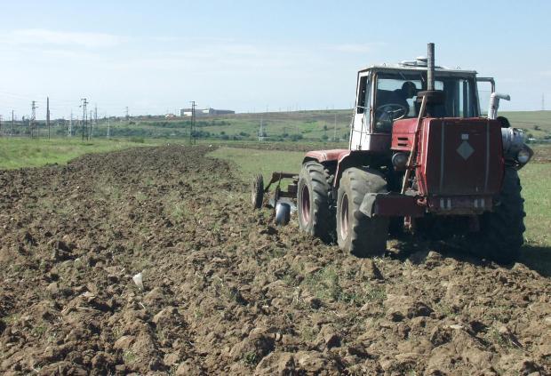 Физическите лица, които са регистрирани като земеделски стопани, имат право да избират реда за облагането на доходите от дейността им през 2017 г.: 1. Ако през 2016 г. са се […]