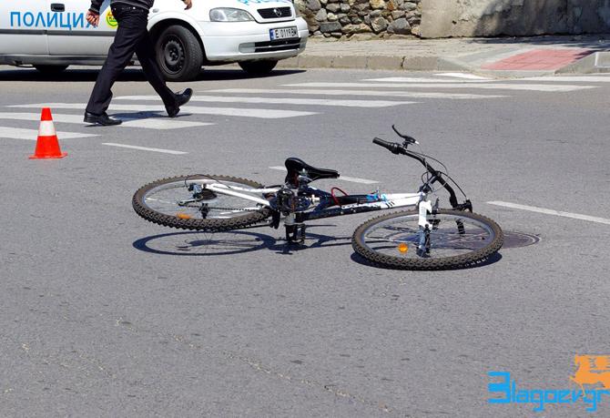 """Сутринта на 8 август на ул. """"Софийско шосе"""" лек автомобил """"БМВ"""" ударил внезапно излязъл на пътното платно непълнолетен велосипедист. Пострадалото момче е настанено за лечение с охлузни рани и комоцио, […]"""