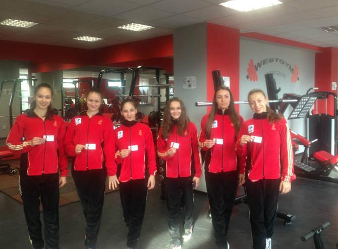 """Цели 20 състезателки от клуба по спортна аеробика """"Самоков"""" ще се пуснат в 17-ия национален турнир за деца, юноши, девойки, мъже и жени, който ще се състои в събота и […]"""