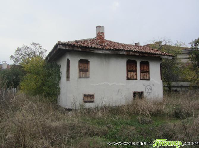 От 15 хил. на 24 хил. лв. се увеличават предвидените общински средства за изготвяне на работен проект за реставрация на Образописовата къща. Този дом, както е известно, е принадлежал на […]
