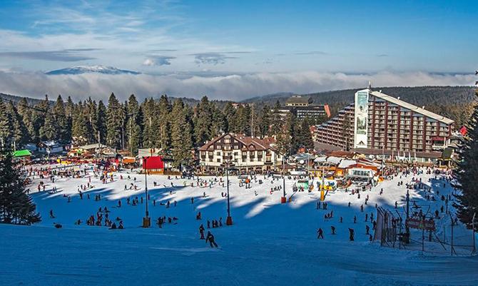 """Боровец спечели приза """"Най-изгоден зимен курорт"""" на английската компания Chill Factore. Българският ски център бе избран при жестока конкуренция пред популярния италиански курорт Вал Гардена, а на трето място остана […]"""