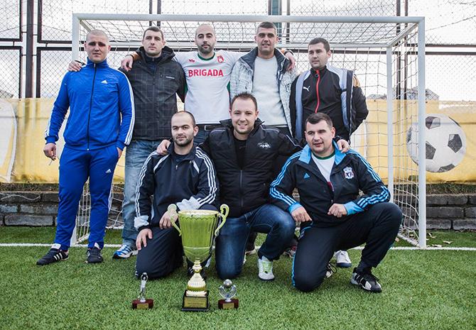 """Отборът на """"Бригада"""" се оказа най-постоянен в изявите си и грабна титлата от третото издание на турнира по мини футбол """"Суперлига – Самоков"""", състоял се през лятото и есента на […]"""