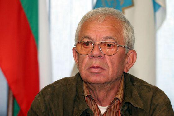 На 73 години на 1 декември почина бележитият ни съгражданин и дългогодишен голям спортен деятел Георги Янакиев. Мнозина от по-възрастните поколения го помнят като шампион на България по мотокрос. В […]