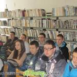 Ученици се поклониха пред подвига на летеца Списаревски