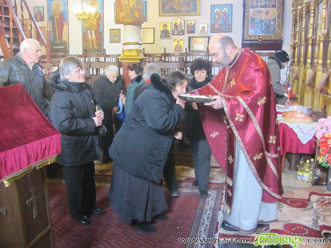 """По дългогодишна традиция честването на Ивановден в Долномахаленската черква """"Въведение Богородично"""" се превръща в запомнящо се духовно преживяване не само за миряните от квартала, но и от целия град. От […]"""