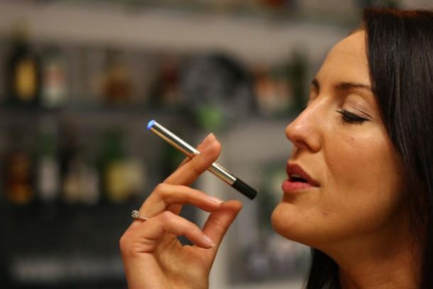 Продажбите на тютюневи цигари отчитат спад от години. Компаниите-производители намаляват работни места, за да компенсират загубите. Една от основните причини за тази тенденция е намаляващият брой на пушачите по света. […]